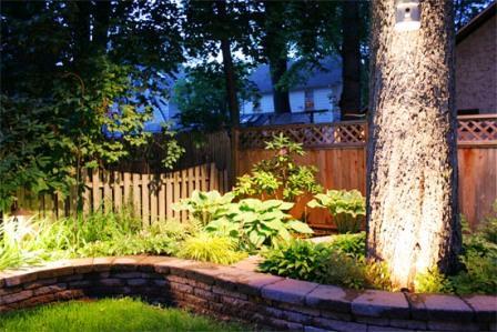 Многие владельцы собственных участков заботятся об их своевременном освещении. Осветительные работы – важная составляющая ландшафтных работ